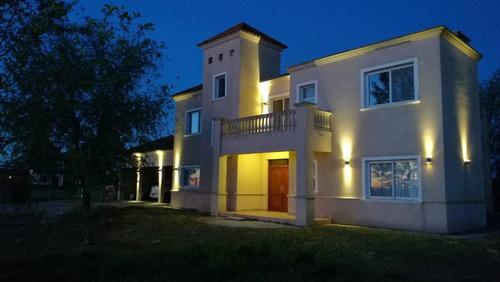 casa en venta  en puerto chascomús