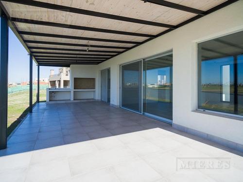 casa en venta en puertos barrio ceibos