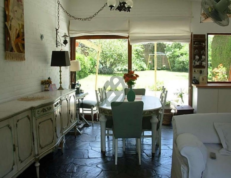 casa en venta en punta del este, zona pinares, cercana a la playa y servicios- ref: 1847