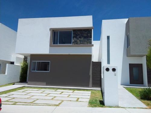 casa en venta en queretaro juriquilla  comodidad y lujo