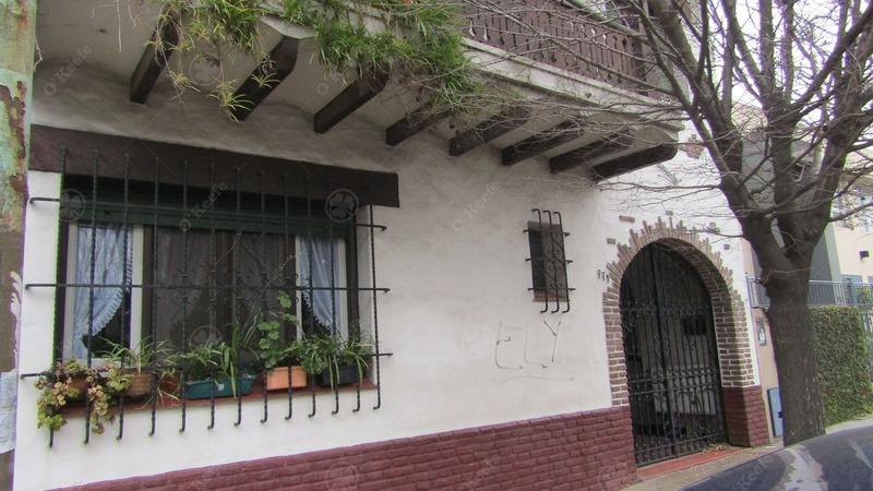 casa en venta en quilmes residencial. frente a plaza de la cruz!!!!