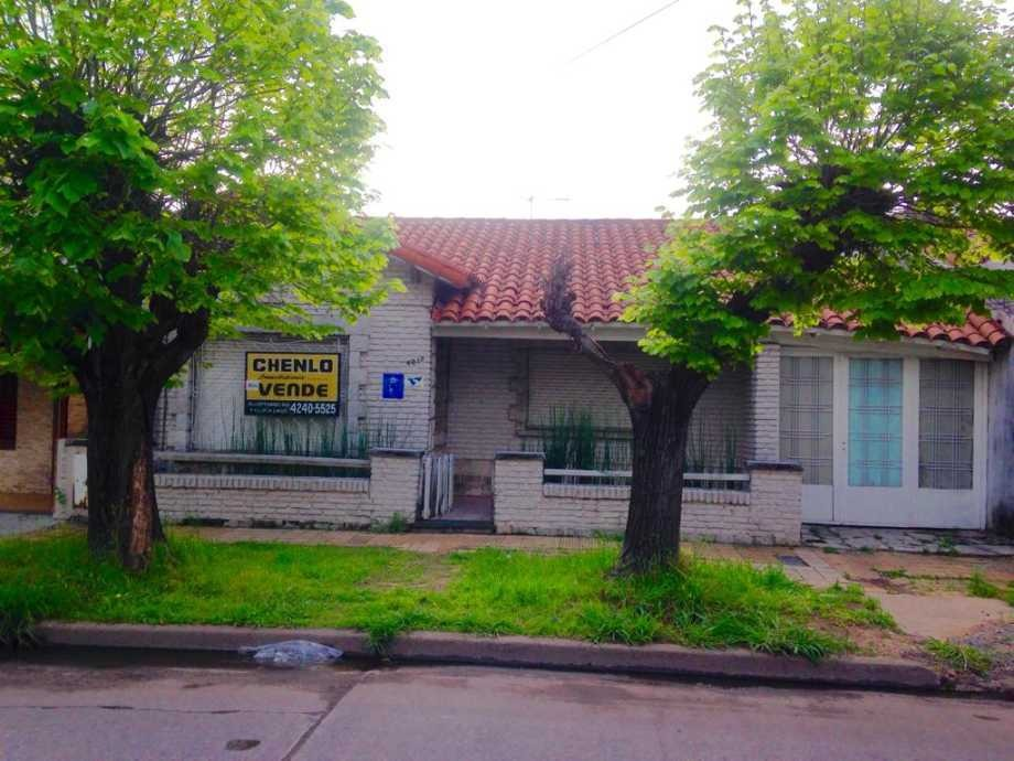 casa en venta en remedios de escalada oeste