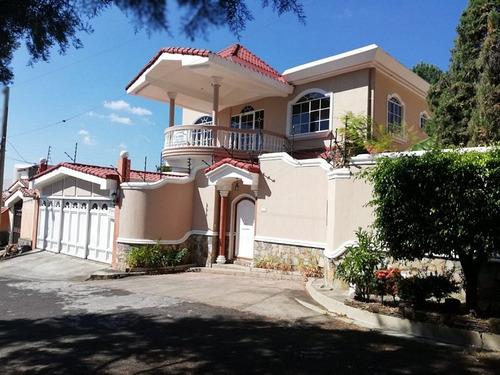 casa en venta en residencial bosques de santa teresa