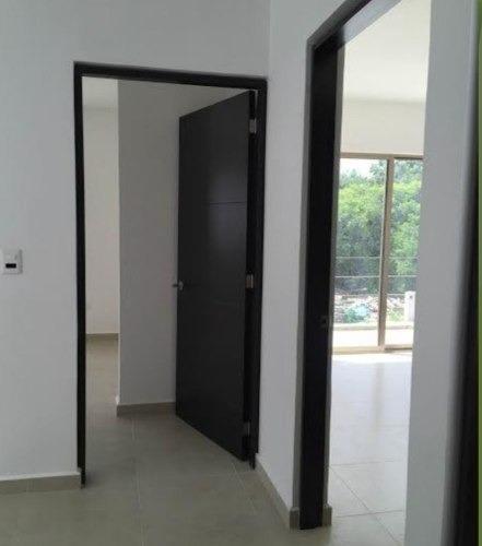 casa en venta en residencial jade $2,200,000 3r 3b  alberca