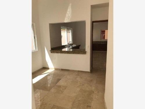 casa en venta en residencial lagos del sol, benito juarez
