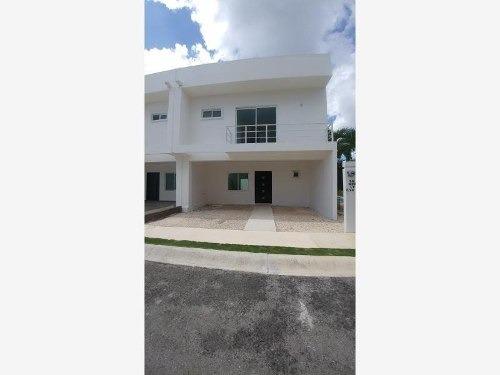 casa en venta en residencial punta estrella