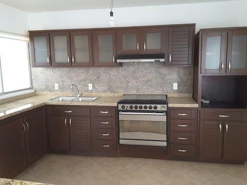 casa en venta en residencial san miguel