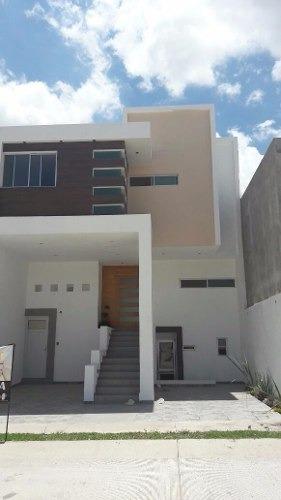 casa en venta en san angel ii