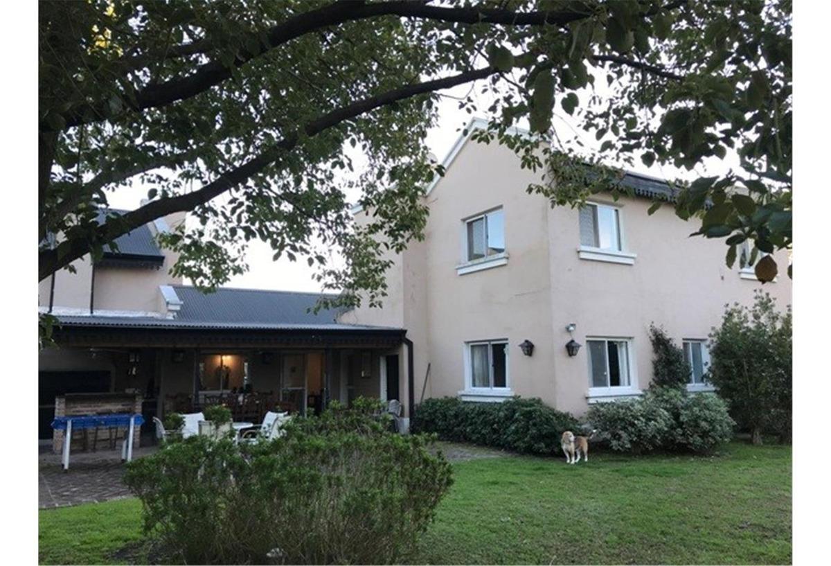 casa en venta en san francisco club de campo