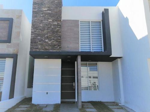 casa en venta en san isidro juriquilla, queretaro, rah-mx-20-148