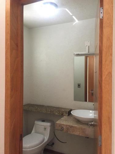 casa en venta en santa fé juriquilla querétaro. $3,200,000