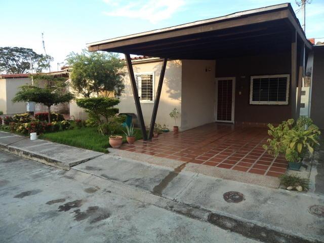 4b3a798506d59 Casa En Venta En Simon Planas 18-7858 - Bs. 10.500 en Mercado Libre