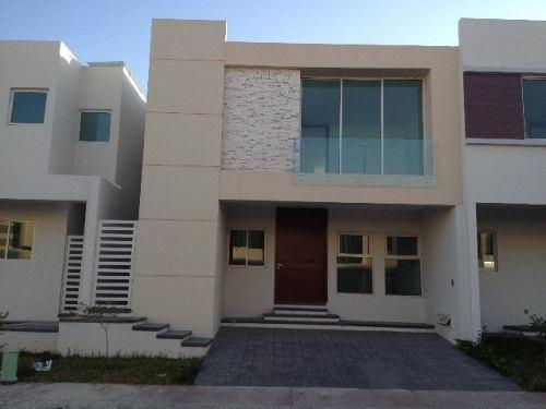 casa en venta en solares zapopan