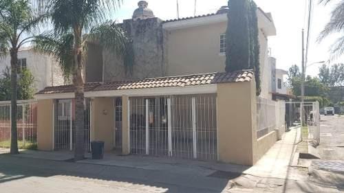 casa en venta en tlaquepaque, colonia parques de santa maria.
