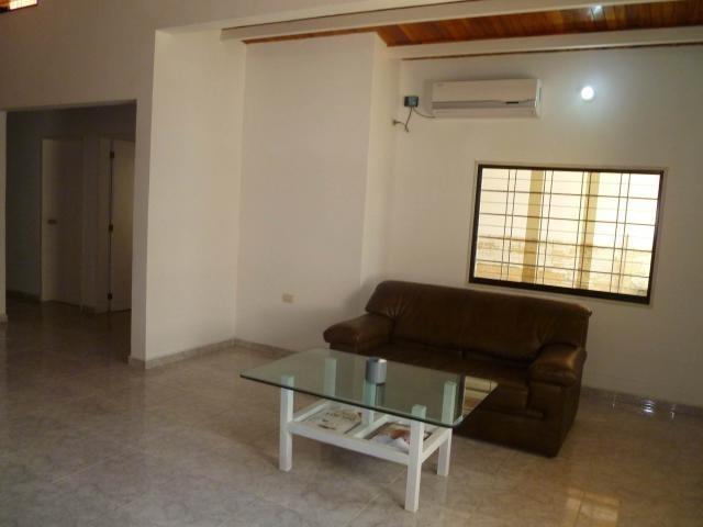 casa en venta en trigal centro, valencia carabobo 20-3777 em