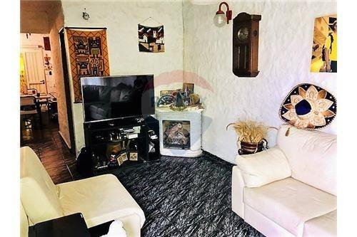 casa en venta en v. castells-gonnet, 2 dorm.,coch.