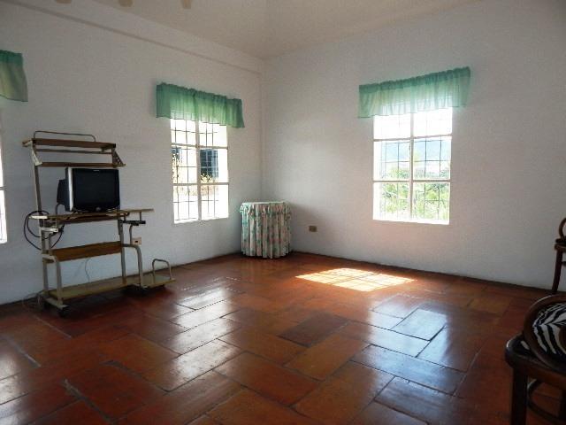 casa en venta en valencia guataparo country