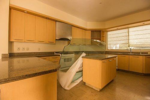 casa en venta en valle real, zapopan
