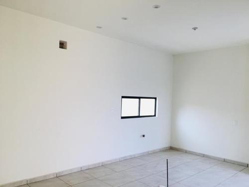 casa en venta en venta en residencial valle del nogal al norte de saltillo