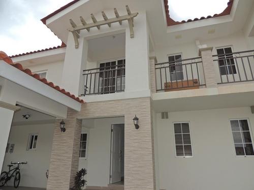 casa en venta en versalles 19-8460 emb