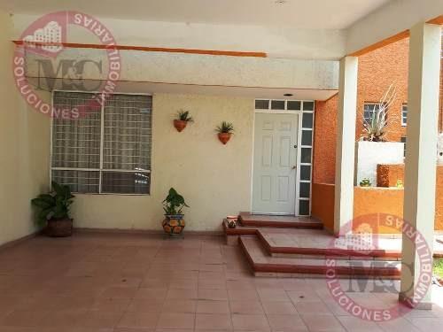 Casa En Venta En Villa Jardín Al Sur De Aguascalientes