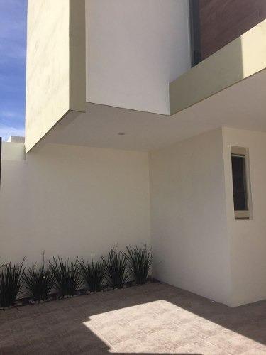casa en venta en villa magna