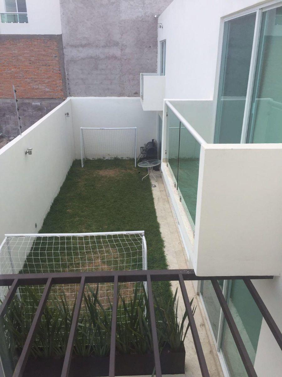 casa en venta en villa magna excelentes acabados , jardín, etc.