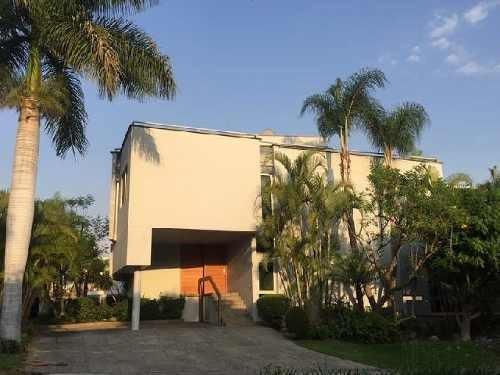 casa en venta en villa magna zapopan