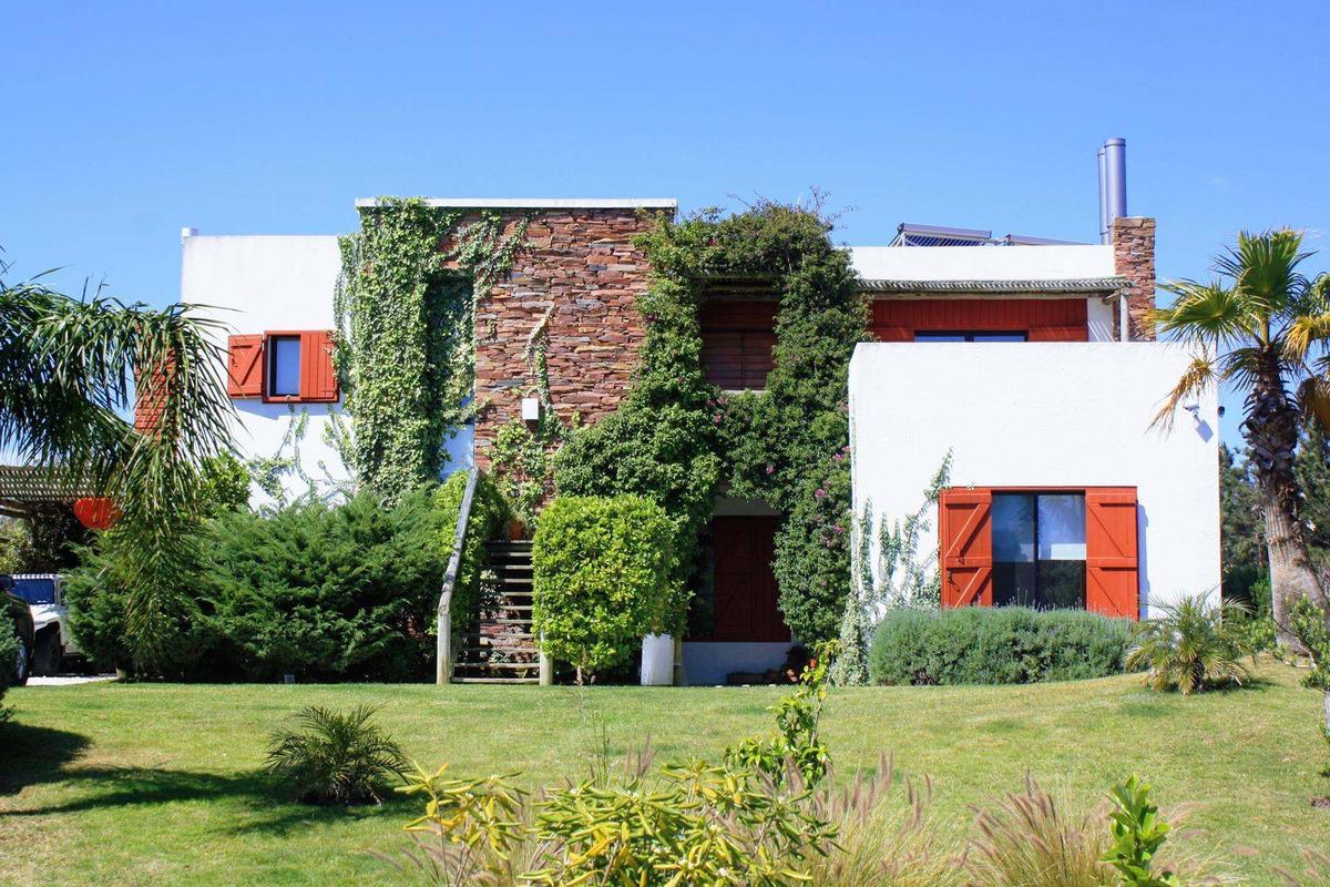 casa en venta en village del faro