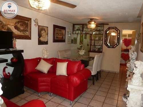 casa en venta en villas de san francisco con departamento independiente