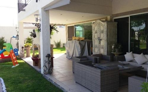 casa en venta en villas del mesón