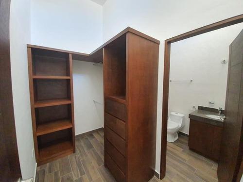 casa en venta en vistalta 2o. sector