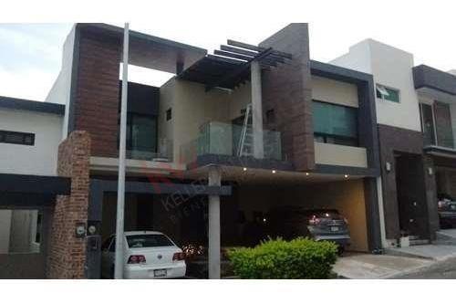 casa en venta en vistalta