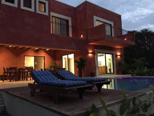 casa en venta en yucatan country club con vista al hoyo 01 del