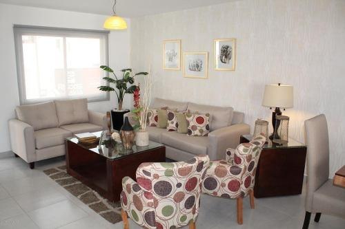 casa en venta en zakia, el marques, rah-mx-20-550