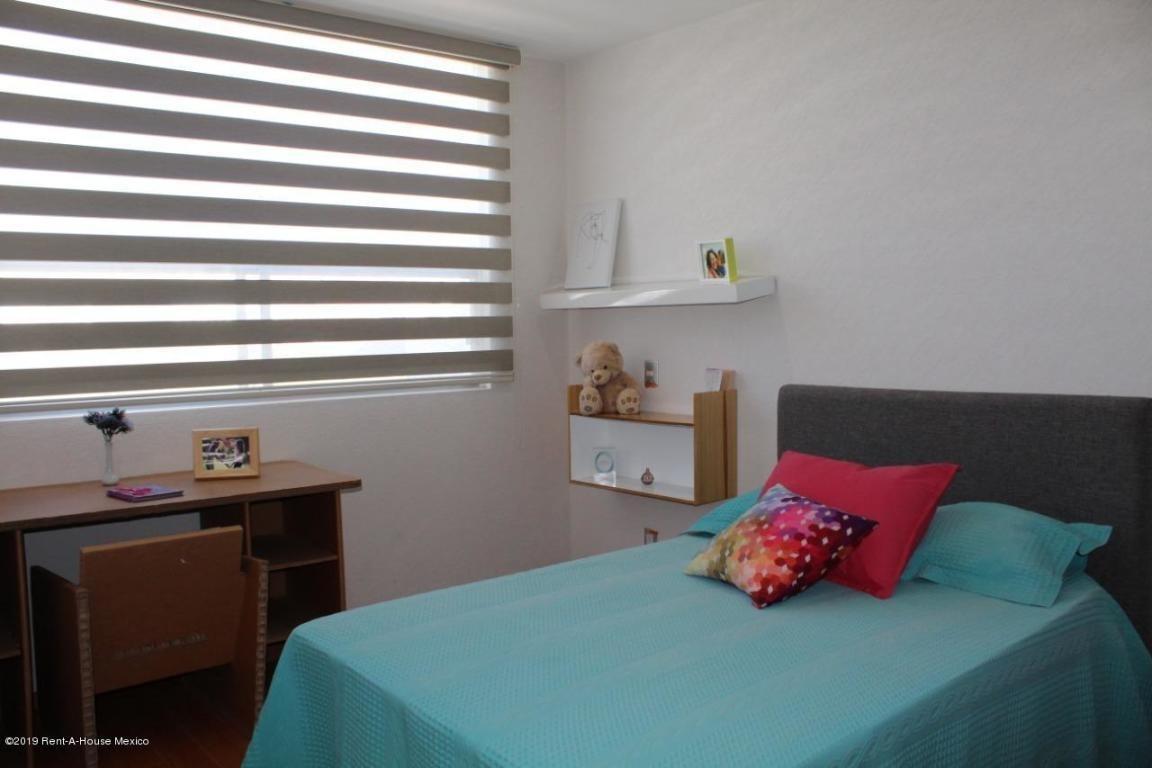 casa en venta en zakia, el marques, rah-mx-20-600