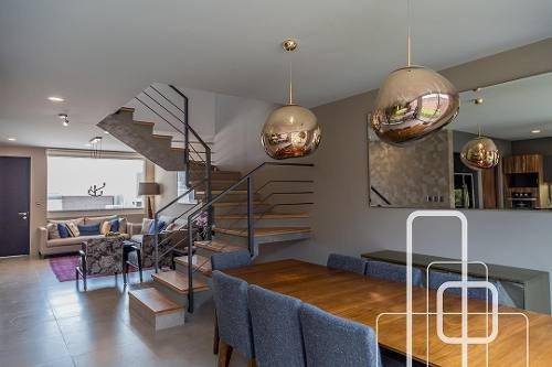 casa en venta en zibata: elite