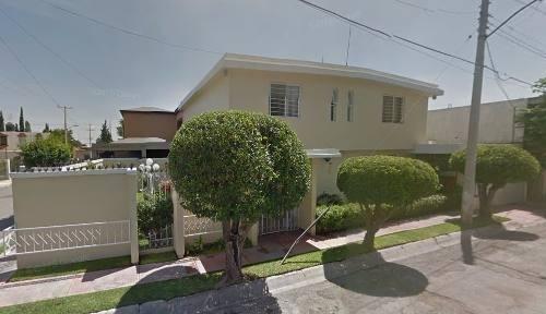 casa en venta en zona centro saltillo.
