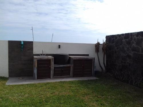 casa en venta espacios muy amplios alberca vista al mar fracc las olas