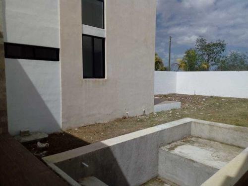 casa en venta, esquina, lista para habitar, cholul. cv-5597