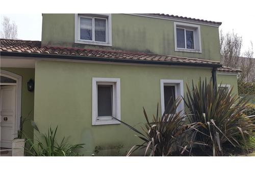 casa en venta exc ubicación en ayres del pilar