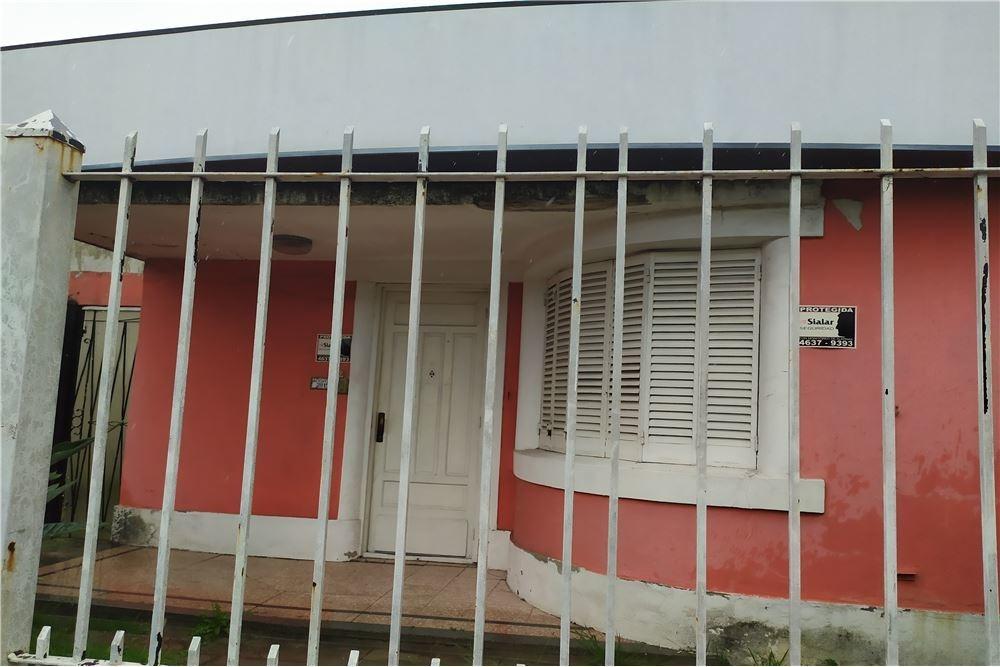 casa en venta, excelente ubicacion en burzaco