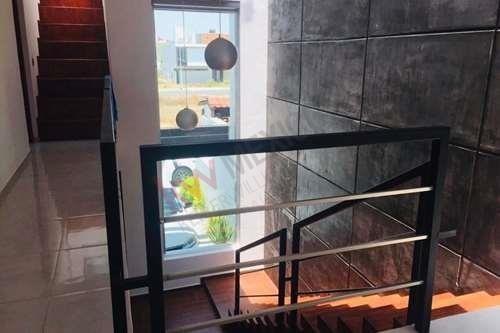 casa en venta fraccionamiento hacienda san gabriel, corregidora, atrás de plaza citadina