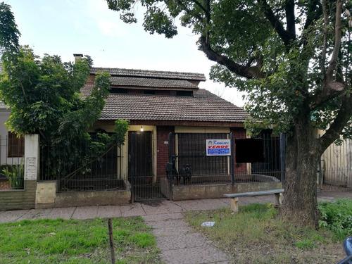 casa en venta - francisco alvarez - (ref. 2196)