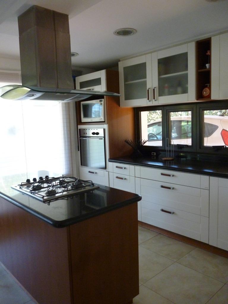 casa en venta funes san marino 4 dormitorios