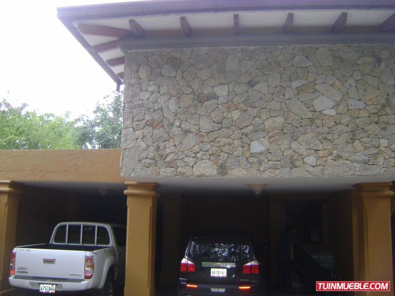 casa en venta guaparo valencia cod 19-13358 ar