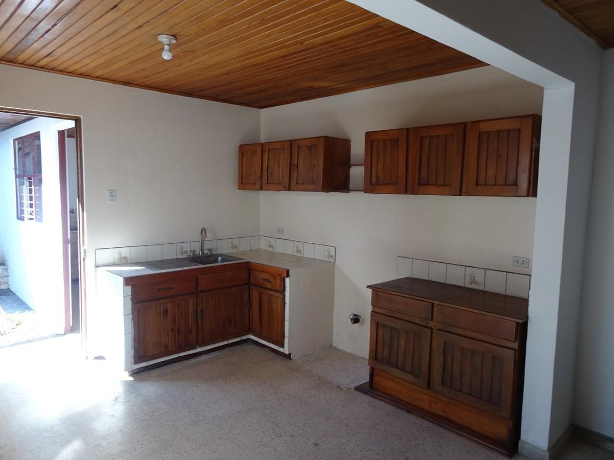 casa en venta - guaria oriental - moravia - 2 pisos