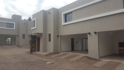 casa en venta housing cerrado