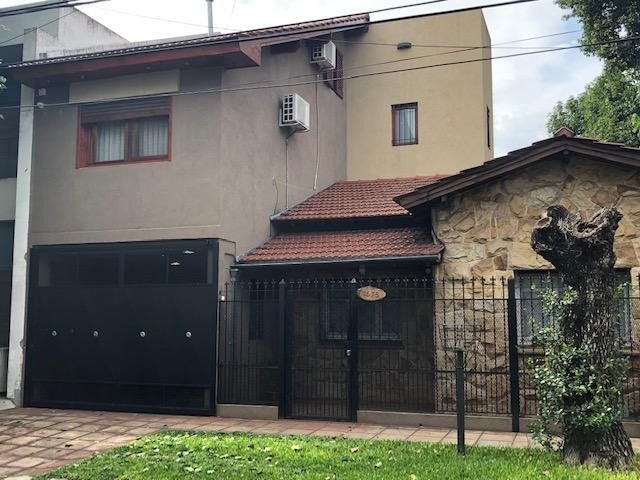 casa en venta  hurlingham