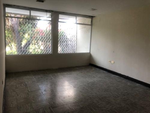 casa en venta  ideal para constructores zona centro